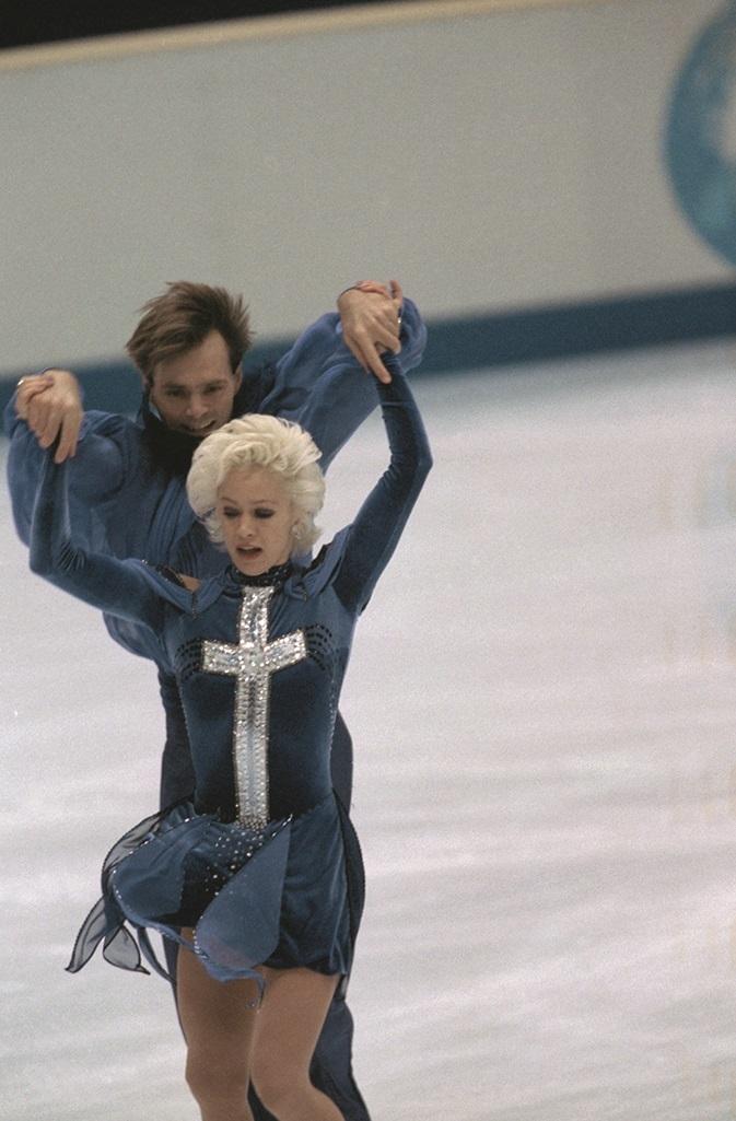Танец Яркой Анны Семенович На Льду